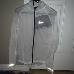White Nike wind breaker